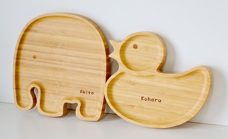 竹製のキッズプレートにお名前が入ります