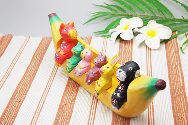 楽天市場】バナナのベンチに座ったバリねこ(アニマル)【メール便NG ...