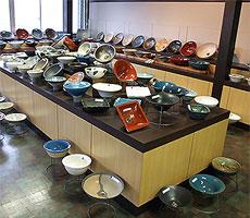 当店の手洗い鉢の陳列風景4