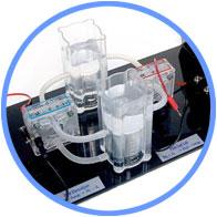 電気分解機により水素と酸素を生成・貯蔵