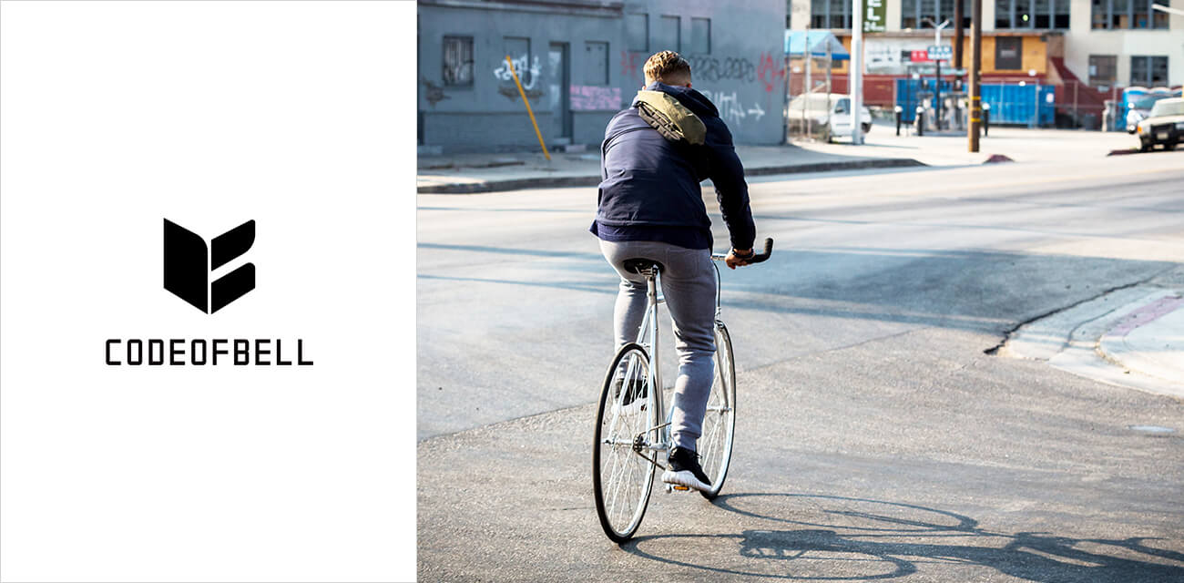 CODE OF BELL(コードオブベル)は2016年にロサンゼルスで誕生したバッグブランド。コンセプトは「Carrywear」。まるで服を着るように持ち運べる使用感と機能を兼ね備えます。