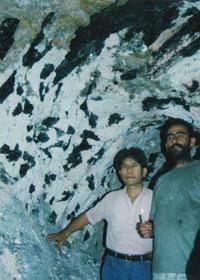 ブラジル トルマリン鉱山にて
