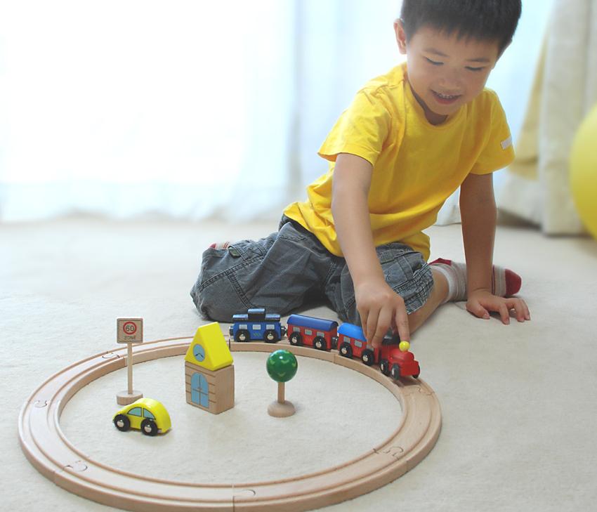 toy-daiwa  라쿠텐 일본: 나무로 되는 장난감 기차 레일 세트 기본 ...
