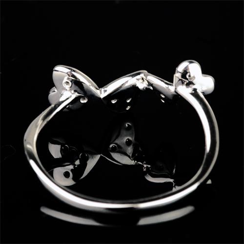 蝶々モチーフダイヤモンドリング【K18Wg】クリックで写真が拡大します
