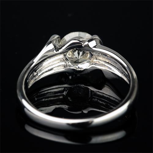 1.0カラットダイヤモンドリング【K18Wg】クリックで写真が拡大します