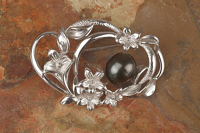 タヒチブラック真珠ブローチ