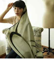 【utatane うたたね】シルクスカーフ