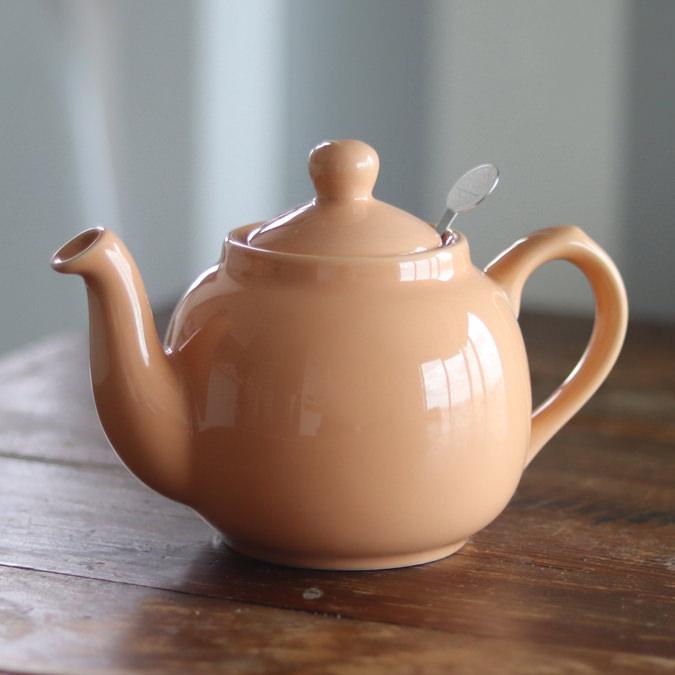 色々なカップに合う、おしゃれな無地の陶器製ティーポットが欲しい!