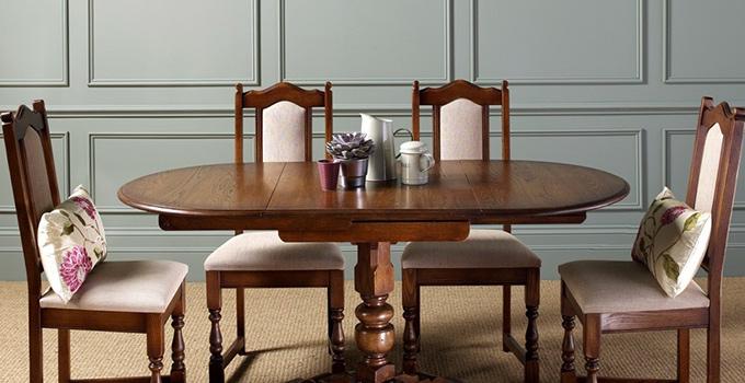 おしゃれなインテリアコーディネートに。アンティークな英国調家具特集