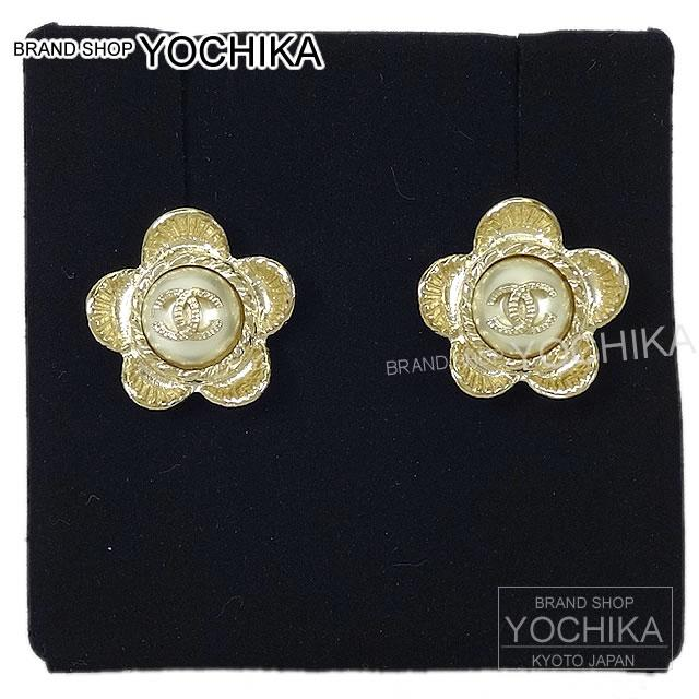 In 2017 New Chanel Flower Pearl Earrings Gold X Faux A86121 Pierces Fakepearl Brand Authentic